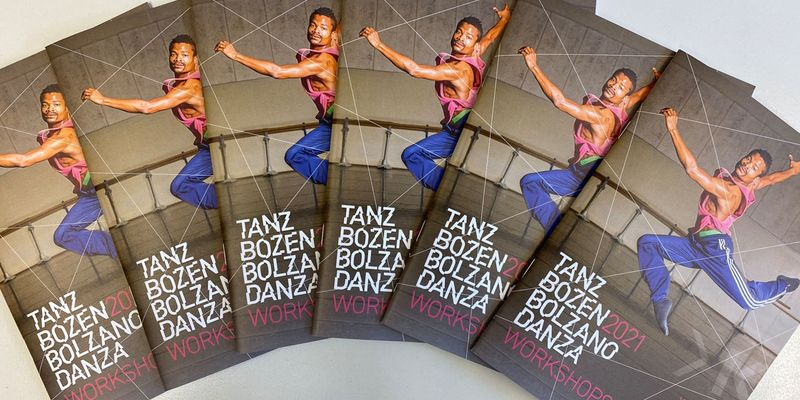 <p>Here you'll find the brochure 2021!<br /> Enjoy browsing and organizing two exciting weeks of dance.&nbsp;</p>